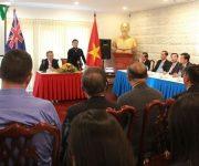 """Tại cuộc gặp gỡ với chủ tịch Quốc hội Nguyễn Thị Kim Ngân, ông Trần Bá Phúc, chủ tịch VBAA: """"Đề nghị rút gắn thời gian xác minh lý lịch để cấp lại quốc tịch cho kiều bào"""""""