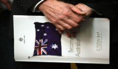 Úc siết chặt quy định nhập cư đối với người nước ngoài
