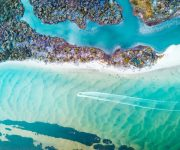 Ảnh chụp từ trên cao cho thấy một nước Úc đẹp mê hồn