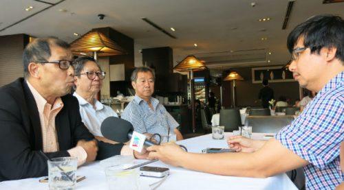 Ông Trần Bá Phúc, Chủ tịch Hội doanh nhân gốc Việt tại Australia đang trả lời câu hỏi của phóng viên VOV