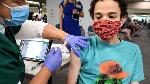 Australia cấp phép sử dụng vaccine Pfizer cho trẻ em từ 12 tuổi trở lên