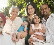 Muốn bảo lãnh cho cha mẹ theo thị thực mới cần chứng minh thu nhập tối thiểu 83,454.80 đô-la