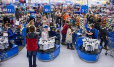 Walmart giảm giá hơn 10.000 mặt hàng bán trực tuyến