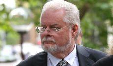 Bác sĩ Úc giết vợ đoạt tiền bảo hiểm, sống với nhân tình