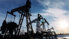 Thị trường dầu khởi sắc, giá vàng quay đầu giảm