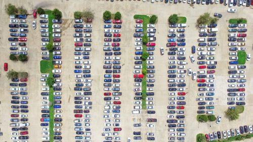 Không có chỗ đậu miễn phí sẽ… bớt kẹt xe