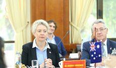 Bộ trưởng Nông nghiệp Úc khen 'nhãn Việt Nam rất ngon'