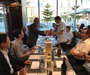 Buổi gặp gỡ cuối năm giữa vị đại sứ mê nhiếp ảnh và hội Doanh nhân Việt tại Úc