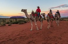 Thổ dân Australia dọa cấm du khách tới tham quan