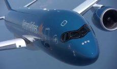 Lãi một gấp đôi thì không bán, Vietcombank đang tiếc hùi hụi khi nhìn cổ phiếu Vietnam Airlines giảm về mức giá ngang ngửa khi mua?