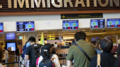 Chính sách nhập cư siết chặt gây ra sự suy giảm lớn trong số lượng người nhập cư vào Úc