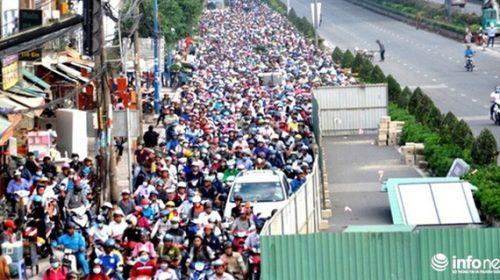 TP.HCM: Ngưng đào đường dịp 30/4, 1/5 để người dân đi nghỉ lễ