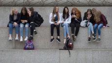 Giới trẻ Úc chỉ được góp tiếng nói trong 1% những tin tức có ảnh hưởng đến mình