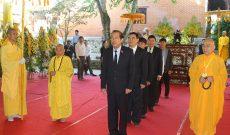 Phó Thủ tướng Trương Hòa Bình viếng Hòa thượng Thích Chơn Thiện
