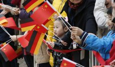 Cú sốc kinh tế mang tên Trung Quốc: Tại sao Đức vẫn phát triển mạnh trong khi Mỹ gặp nhiều khó khăn?