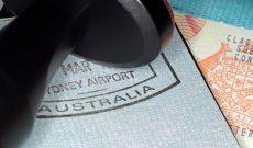 Australia bắt giữ và trục xuất hàng trăm lao động nước ngoài bất hợp pháp